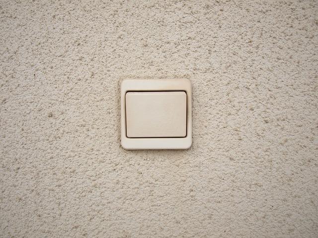 Kvalitní a spolehlivá elektroinstalace do každého interiéru