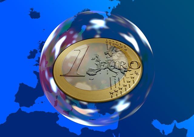 euro mince v bublině